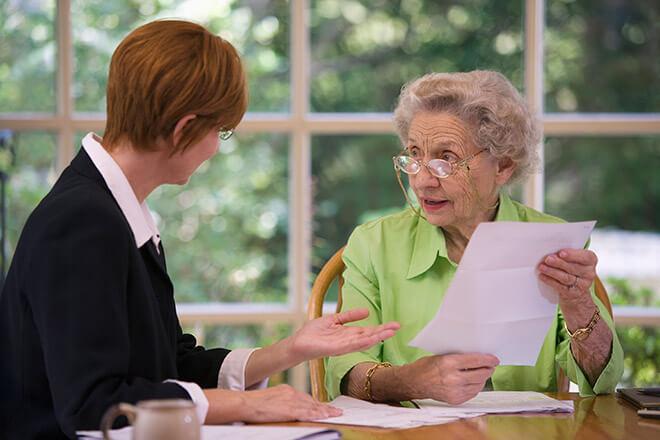 Нужно ли платить пенсионеру алименты на ребенка?